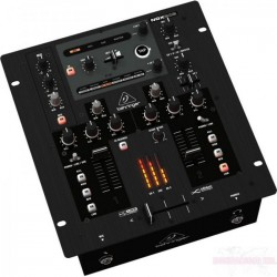 Location Table de Mixage Nox 202 - Behringer